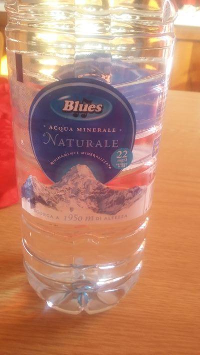Acqua blues opinioncity for Prezzo acqua blues eurospin